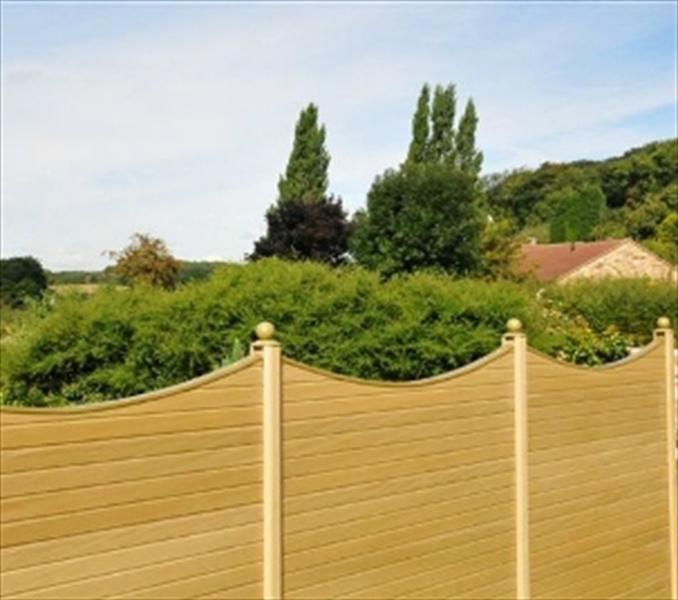 Composite Fence Panels: A Contemporary Addition - eDecks Blog