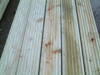Reject Standard Redwood Decking (120mm x 28mm)