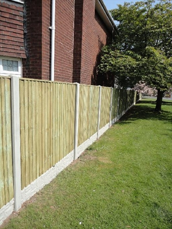 Green - Heavy Duty Vertilap Fence Panel (1800mm x 1220mm)