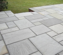 Calibrated 22mm Indian Stone Paving Grey Umbra (Sold Per m2)